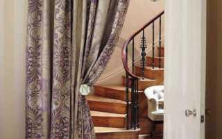 Шторы на двери: какие лучше выбрать и из каких материалов