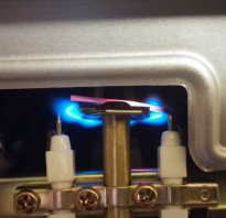 Газовая колонка зажигается и тухнет