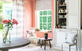 Обои персикового цвета – фото и интерьер